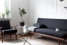 You Should Do To Find Out About Minimal Interior Design Inspiration Living Rooms 23 - kindledesignhome Pastel Living Room, Living Room Modern, Living Room Designs, Living Room Decor, Minimal Living, Modern Couch, Living Rooms, Minimalist Sofa, Black And White Living Room