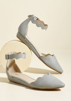Everywhere and Any Flair Flat in Grey. How many looks can you create with these grey flats? #grey #wedding #modcloth