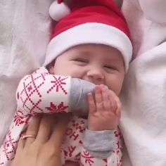 Newborn Baby Boy Girl My Valentine's Day Outfit Clothes Infant Romper + Letter Pants Hat Set So Cute Baby, Cute Baby Smile, Cute Funny Babies, Cute Kids, Smile Kids, Lovely Smile, Adorable Babies, Funny Kids, Baby Laughing Video