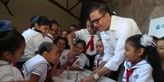 Lleva Seapal Bebederos a Primaria Agustín Flores Contreras