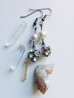 New to AgAuCu on Etsy: Soft Glow Earrings - Tide Shaped - Faux Pearl Rhinestone and Glass Silver-Gray Hypoallergenic Earrings (12.00 USD)