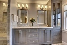 Traditional Master Bathroom with Flush, Complex marble counters, Undermount sink, High ceiling, specialty tile floors