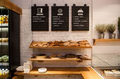 Design firm Brandon Agency together with interior designer Anna Domovesova have created Simple, a casual fast-food restaurant in Kiev, Ukraine. Deco Restaurant, Fast Food Restaurant, Restaurant Design, Organic Restaurant, Vintage Restaurant, Modern Restaurant, Shop Interior Design, Retail Design, Store Design