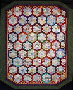 Raconteur by Cinzia White, Viewer's Choice 2nd prize, grandmother's flower garden / hexagon variation quilt. 2012 Sydney (Australia) quilt show