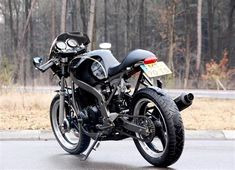 Suzuki Cafe Racer by Motolifestyle – BikeBound Cx500 Cafe Racer, Suzuki Cafe Racer, Brat Bike, Suzuki Motorcycle, Scrambler Motorcycle, Honda Motorcycles, Gs500, Cafe Racing, Honda Cb750