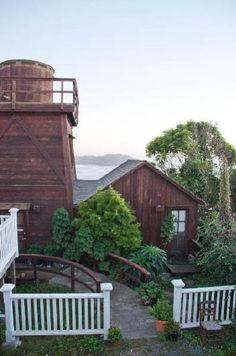 Historic downtown Mendocino, California cottage