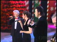 Let There Be Peace On Earth-Vince Gill w/Amy Grant, Michael McDonald and Chet Atkins Xmas Songs, Xmas Movies, Vince Gill, Amy Grant Songs, Christmas Music, Merry Christmas, Kenny Loggins, Chet Atkins, Country Music Videos