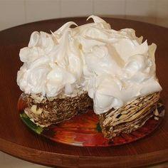 La historia de la pastelería argentina, en 10 tortas - Clarín Great Recipes, Pie, Pudding, Vegetables, Desserts, Director, Koh Tao, Foods, Popular