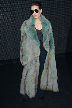 I recently tried on this fur in the Dior store....it is to die for - SG ((Noomi Rapace au défilé Dior Homme automne-hiver 2016-2017))