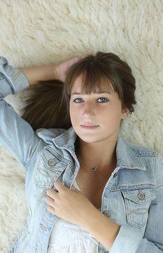 indoor studio senior girl portraits by melissa starr