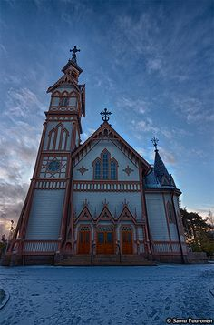 Kajaani church in Finland.  Sent a postcard today to Anni - whe lives in this town.