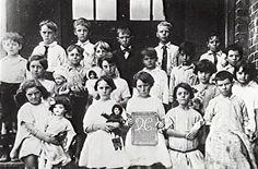 School Class-Penrith Public School- 1920s...