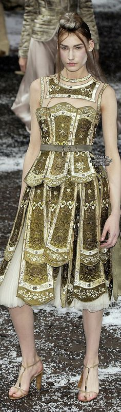 Alexander McQueen Paris Fall 2003 #PurelyInspiration