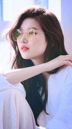 Bae Suzy for CARIN :)