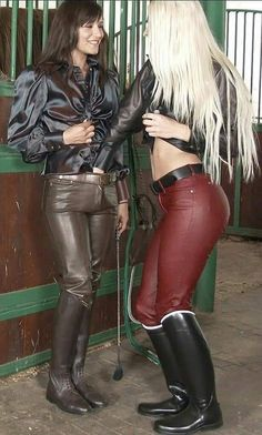 Cute Brunette, High Leather Boots, Leather Trousers, Leather Skirt, Satin Blouses, Sexy Boots, Sexy Latex, Leather Fashion, Skirt Fashion