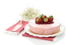 Tarta de fresas con Thermomix®Velocidad Cuchara. Buena idea para el cumple de Jaime. Debería congelar la mezcla de fresas ahora que es temporada de fresas.....