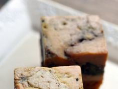 Foie gras, petites pommes Antarès et noix de pécan Banana Bread, Desserts, Table, Apples, Truffles, Greedy People, Tailgate Desserts, Deserts, Postres