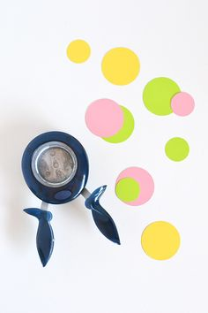 Tips for using a paper punch Paper Punch, Punch Art, Craft Punches, Crafty Kids, Craft Business, Hole Punch, Organization Hacks, Paper Crafting, Diy Art