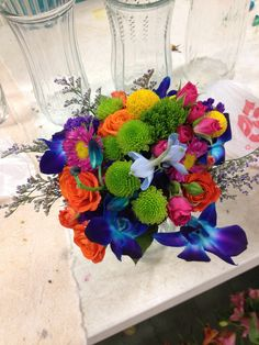 Colorful bridesmaids bouquet @thewillowsbywehr columbiana ohio 330.482.2223