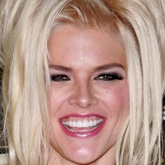 Vickie Lynn Marshall aka Anna Nicole Smith (11/28/67 - 2/8/2007) American model, actress and television personality. Smith first gained popularity in Playboy, becoming the 1993 Playmate of the Year.