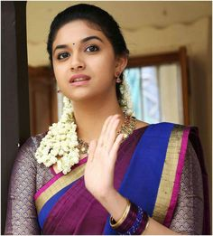 Keerthy Suresh Hot Look photo in saree. South Actress, South Indian Actress, Beautiful Indian Actress, Men's Fashion, Fashion Week, Indian Fashion, Indian Silk Sarees, Indian Beauty Saree, Keerthy Suresh Hot
