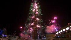 Dubai unleashes 500,000 fireworks sets new world record