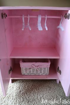 build your own doll closet - for AG doll or Build-A-Bear clothes. :)
