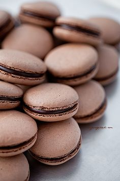 Love these delicious chocolate macaroons they look soo amazing and delicious my favourite love it.