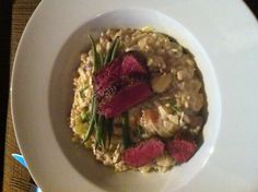 Risotto champignons / kaas Risotto, Oatmeal, Drink, Breakfast, Ethnic Recipes, Food, Mushroom, The Oatmeal, Morning Coffee