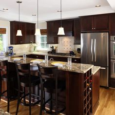 Is the Kitchen Work Triangle an Outdated Design Rule? Is the kitchen work triangle design still the preferred method of setting up your kitchen? Read on to find out. Layout Design, Design Ideas, Design Trends, Espresso Kitchen Cabinets, Dark Cabinets, Maple Cabinets, Cherry Cabinets, Stain Cabinets, Kraftmaid Cabinets