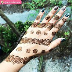 "229 Beğenme, 6 Yorum - Instagram'da imehndi.com (@imehndicom): ""Mehndi design by @amritahenna #unique #henna #pretty #art #hennaart #hennatattoo #hennadesign…"""