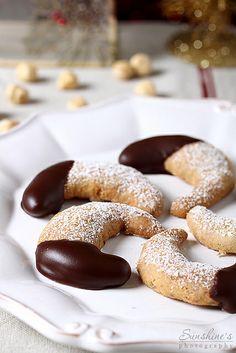 Коледни вкусотии  hazelnut crescents by Irina Kupenska, via Flickr