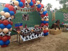 Cowboy Party #cowboy #party Balloon Decorations
