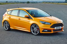 The focus st with its 2.0 litre Turbocharged engine packs a punch but still has a good sized boot and 5 doors.