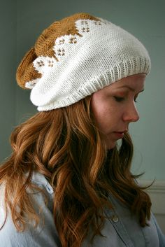Scalloped hat by small::bird, via Flickr #knit #free_pattern