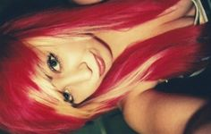 this is cute; and kinda what I want to do with my hair. :3