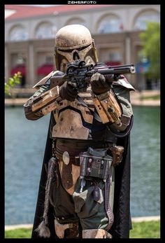 Mandalorian with Skull Motif Helmet (possibly skeletal themes in the armour)