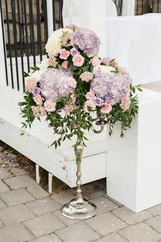 #weddingflowers#ceremonyflowers#candelabra#hyndrangeas#riceflowers#bradfordgreenhouses