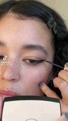 Edgy Makeup, Makeup Eye Looks, Unique Makeup, Soft Makeup, Makeup Inspo, Natural Makeup, Makeup Tips, Hair Makeup, Makeup Tutorial Eyeliner