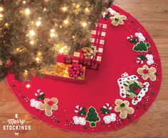 MerryStockings carries all current Bucilla Tree Skirts as well as exclusive Tree Skirts that no other vendor has. Bucilla Tree Skirt kits make great gifts or adorn your own Christmas tree with a new kit this year. Xmas Tree Skirts, Diy Christmas Tree Skirt, Christmas Stocking Kits, Felt Christmas Stockings, Stocking Tree, Christmas Tree Themes, Christmas Traditions, Christmas Time, Christmas Crafts