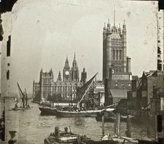 The Thames of Old London: 20 Amazing Vintage Photographs That Show the River Thames in the and ~ vintage everyday Victorian London, Vintage London, Old London, Victorian Era, South London, London History, British History, Baker Street, Old Pictures