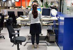 Rörelse i sig viktigare än huruvida man står eller sitter och arbetar, visar forskning.  http://www.nyteknik.se/nyheter/karriarartiklar/article3941011.ece?utm_source=Noden+trender&utm_campaign=52751ceac0-&utm_medium=email&utm_term=0_d9bd5f6aa8-52751ceac0-52424761