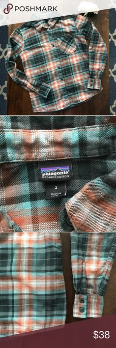 """Patagonia Organic Cotton Flannel Organic cotton, super soft and comfortable. Gently worn, in excellent condition. Teal and Orange. Measurements were taken flat and are approximate: Pit to pit 19"""". Length 34"""". Sleeves 23"""" Patagonia Tops Button Down Shirts"""