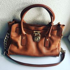 Michael Kors Handbags Keep Warm and Stay Trendy