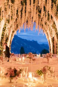 Wedding Reception Design, Romantic Wedding Receptions, Wedding Venue Decorations, Wedding Night, Romantic Weddings, Wedding Venues, Dream Wedding, Wedding Goals, Wedding Planning