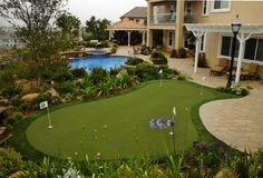 Whoa! Look at this Backyard Putting Green!! Handball, Direct Golf, Outdoor Areas, Golf Courses, Mini, House Design, Sports, Shell, Wildlife