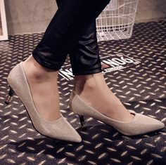 Find More Women's Pumps Information about 2015 autumn new women's pointy glitter low heels comfortable high heels shoes brand design thin heel work pumps,High Quality Women's Pumps from Toptrade Co.,ltd on Aliexpress.com