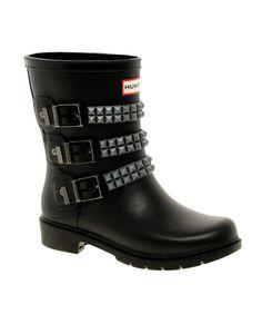 hunter - biker boots!