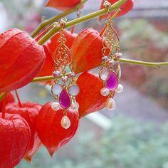 Chandeliers Silber vergoldet, mit Perlen und Jade von Perlotte Schmuck