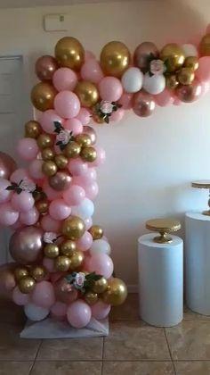 Birthday Balloon Decorations, Balloon Centerpieces, Birthday Backdrop, Birthday Balloons, 21 Balloons, Butterfly Balloons, Balloon Backdrop, Balloon Garland, Party Decoration Ideas